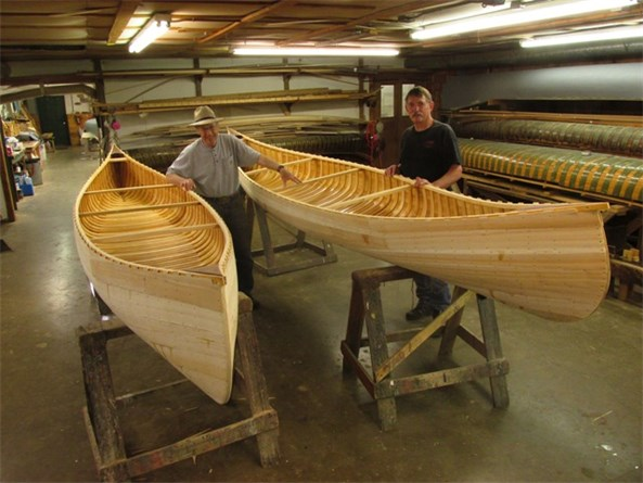 Two friends-Two canoes