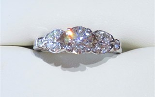 Round and Marquises Diamond Ring