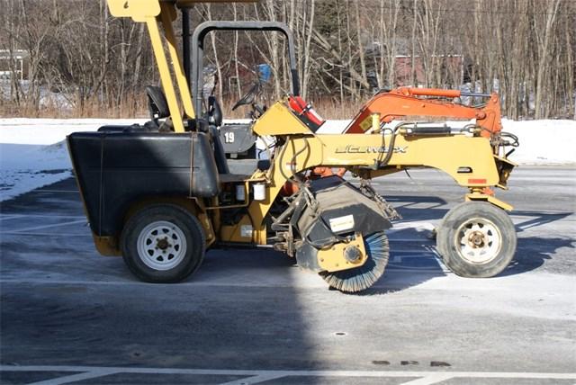 2004 Terramite Sweeper
