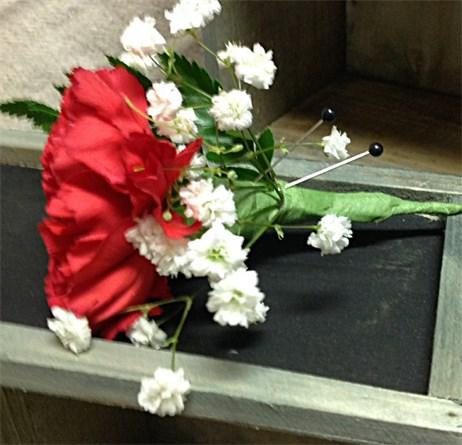 Standard Carnation Boutonniere #148