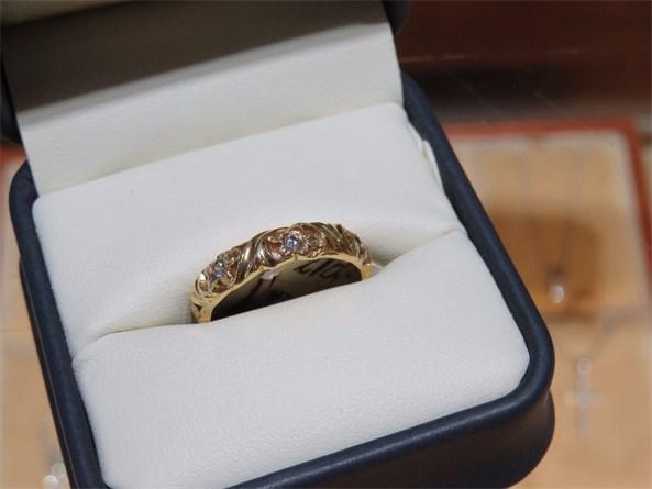 Jabel Carved Diamond Band Floral Design
