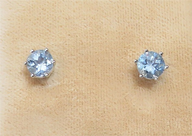 Round Aquamarine Stud Earrings