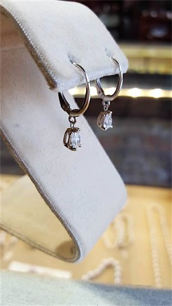 Pear Shape Diamond Dangle Earrings