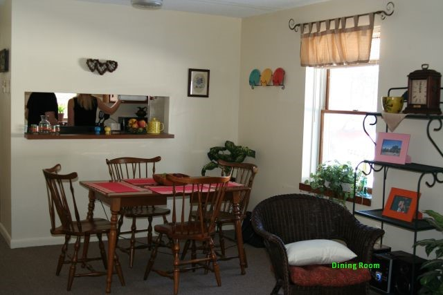 Founders Place 2 Bedroom Townhouse  Dining Area