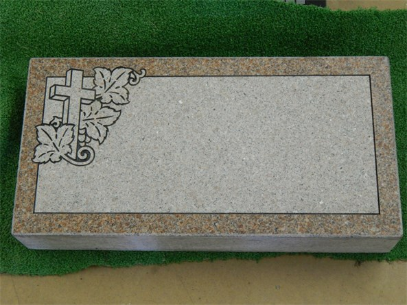 Cross with Ivy Marker