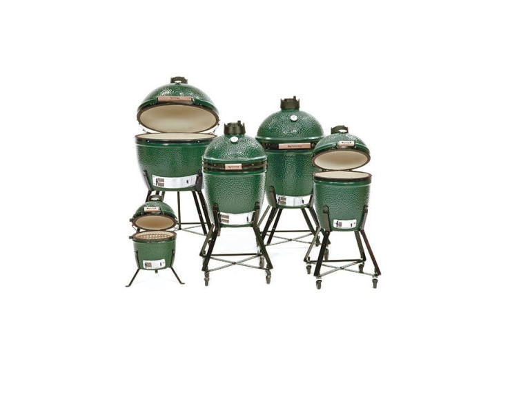 Big Green Egg Group Shot